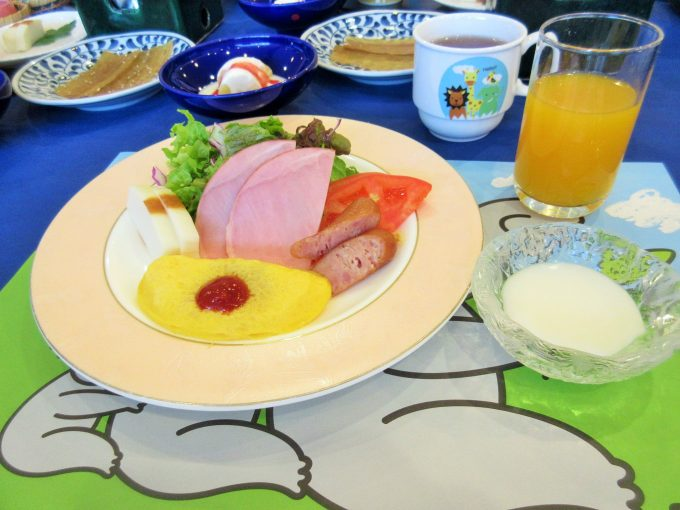 柳屋の子ども用朝食