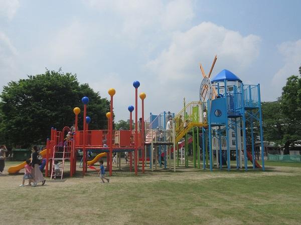 京都競馬場の複合遊具