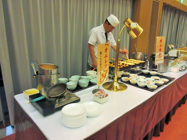 有馬グランドホテルの朝食のオムレツコーナー